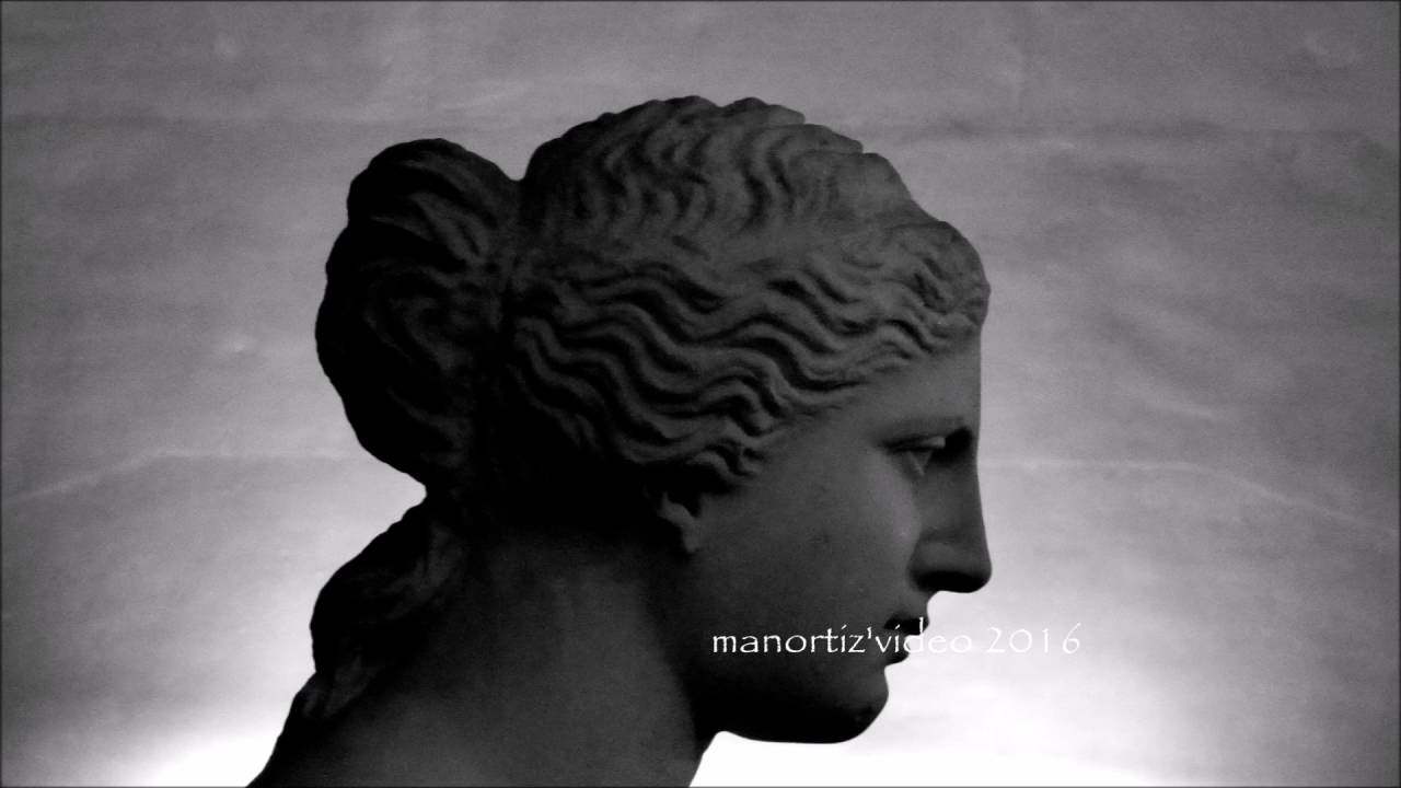 an overview of the features of the statue of aphrodite of milos An overview of the features of the statue of aphrodite of milos aphrodite milos  venus de milo overlifesize statue 102 museum replica for both large venus de  milo.