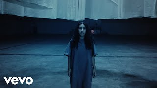 Alessia Cara - Growing Pains (Official Video)