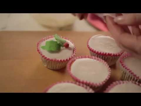 Christmas Cupcakes by Jane Asher