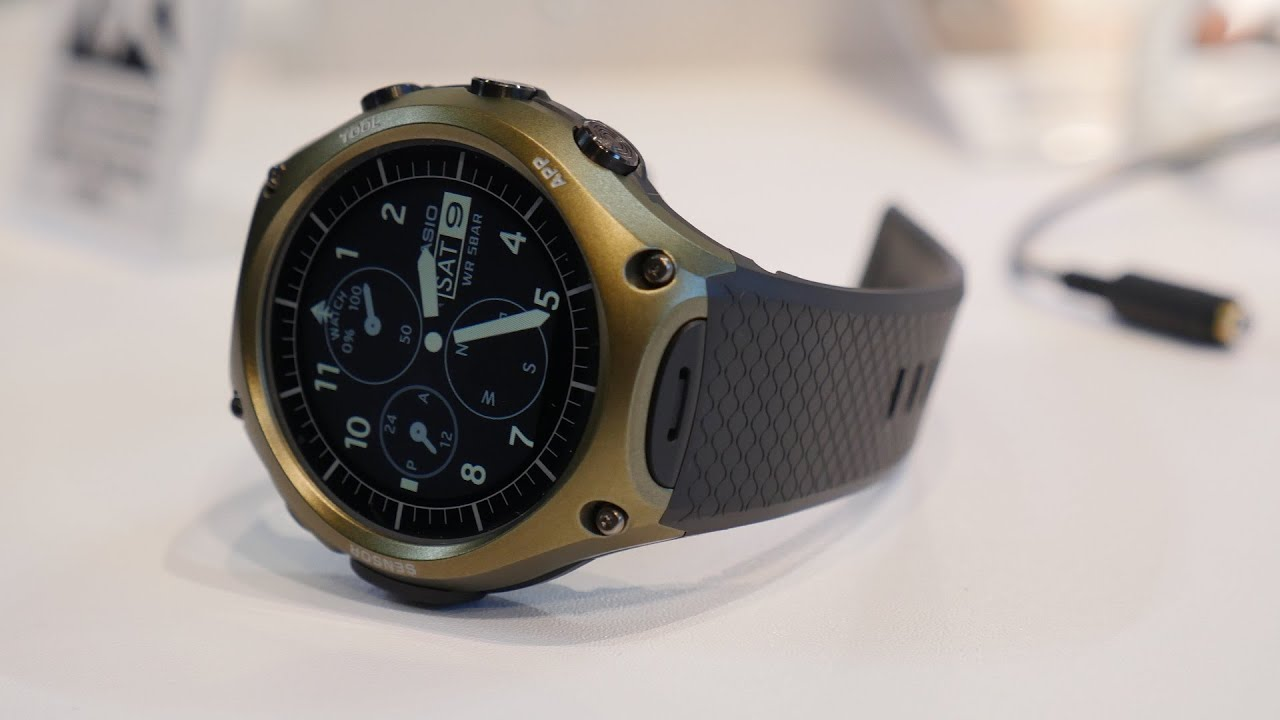 Casio Android Wear Smartwatch Hands-on