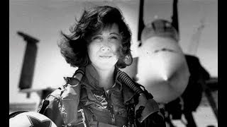 Tammie Jo Shults Who Landed Crippled SW Plane, 1 Of 1st Female Fighter Pilots In Navy