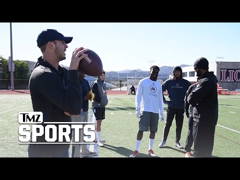 Jared Goff Runs NFL Combine Crash Course ... With NFL Hopefuls | TMZ Sports