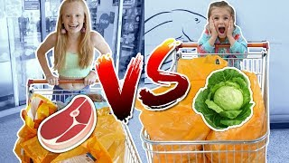 KIDS GROCERY SHOPPING CHALLENGE: VEGAN vs NORMAL!