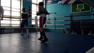Бокс Красноуфимск.MP4(5-6 марта в спортзале старой школы № 7 г. Красноуфимска проходил открытый Чемпионат по боксу. Учавствовали..., 2011-03-14T09:31:58.000Z)