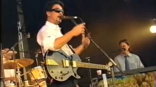 Watch Fun Lovin Criminals Smoke em video