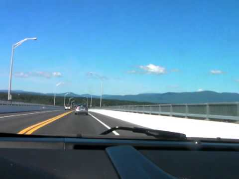 Rhinecliff Bridge