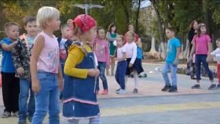 видео Подвижный ребенок: развлечения в Москве