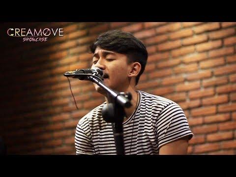 Harmonia - Cinta Pertama (Live)