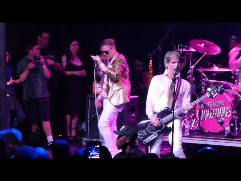 Me First and the Gimme Gimmes - Straight Up (Paula Abdul) - Santa Ana