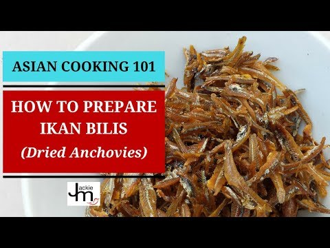 How to Prepare Ikan Bilis - YouTube