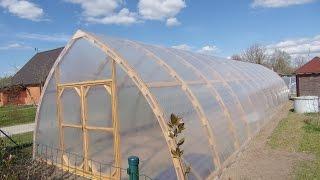 видео: Постройка арочной теплицы.Обзор .greenhouse