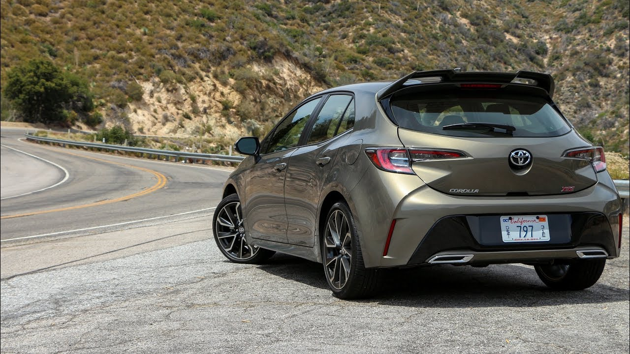 2019 Toyota Corolla Hatchback Review A Fun Corolla Youtube