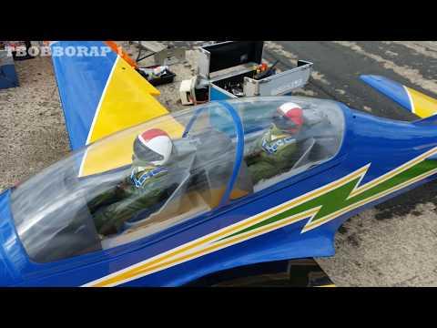 LARGE SCALE RC EMBRAER 312 TUCANO TURBO PROP - ANDY & KEN LMA RAF ELVINGTON AIRSHOW - 2016