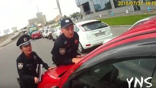 Infringer has committed hit a policeman  Kyiv  Ukraine. Automatic english subtitles