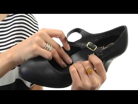 capezio-manhattan-character-shoe-sku:#7152767