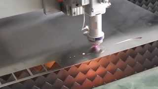 500w Fiber laser cutting machine cut Sword, raycus laser cutter, IPG laser cutting machine