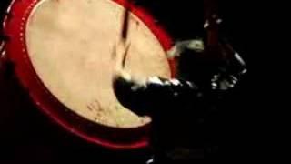 Taiko bubnjar Za Ondekoza u Sava centru oživljava repetativni zvuk ...