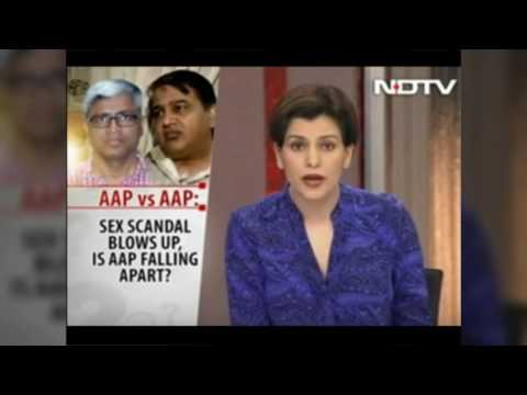 CM Arvind Kejriwal's Befitting Reply To Times Now And Other Propaganda Channels !