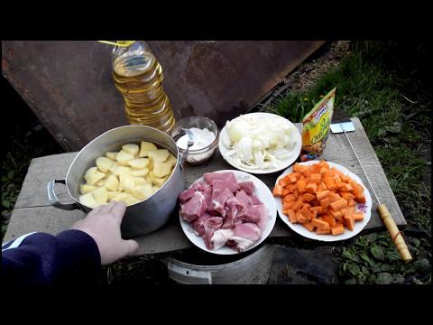 Картопля на сковороді
