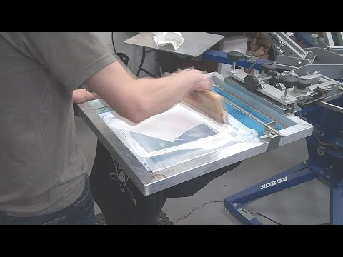 Screenprinting T-Shirts: Increasing Print Resolution And Clarity On Press