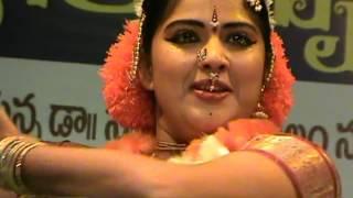 Aye Mere Watan Ke Logon; Patriotic Dance Perfomance by Veena Amuda.