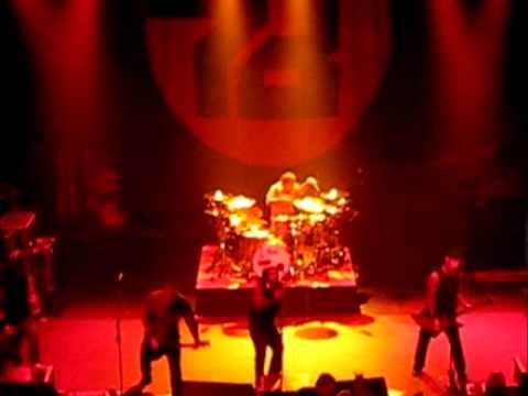 Sevendust - Crucified