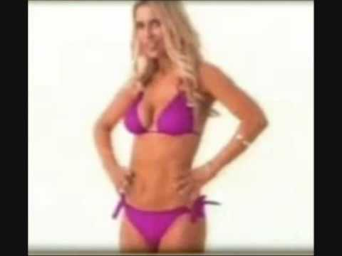 Melissa Joan Hart strips down to a bikini for Nutrisystem ad