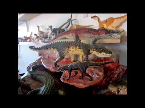 The Dinosaur and other Prehistoric Animal Figure Files 10 DIORAMA FOR CRUROTARSI