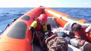 إيطاليا تقود أكبر عملية إنقاذ في المتوسط في يوم واحد