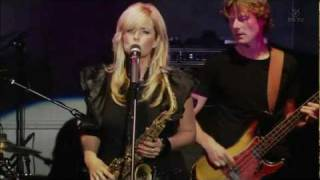Candy Dulfer - PICK UP THE PIECES (Live)