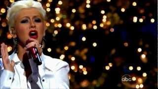(HD) Christina Aguilera - Have Yourself A Merry Little Chrismas Live @ (Disney Christmas Parade)