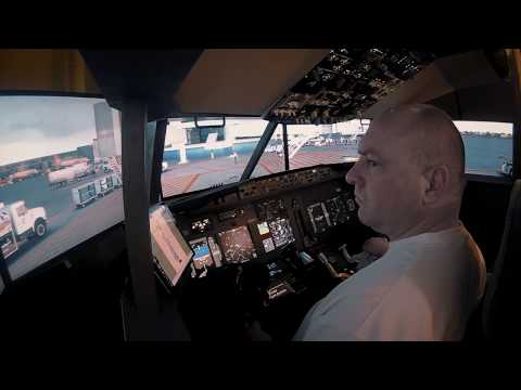 X-Plane 11 Home Cockpit Boeing 737 Zibo Mod KSAN test flight