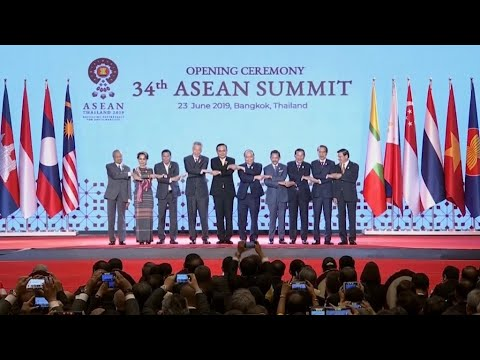 Business daily - ASEAN leaders slam protectionism, push for new trade deal