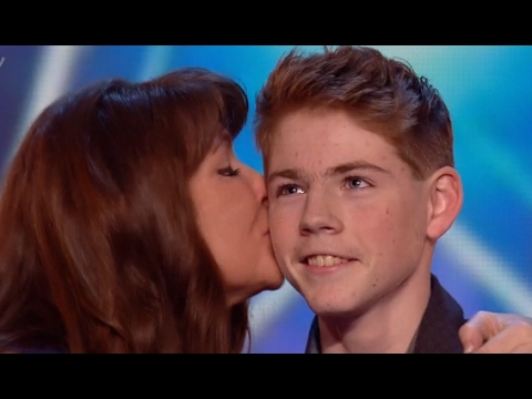 Thumbnail: Mother And Son Deliver An Emotional Touching Performance