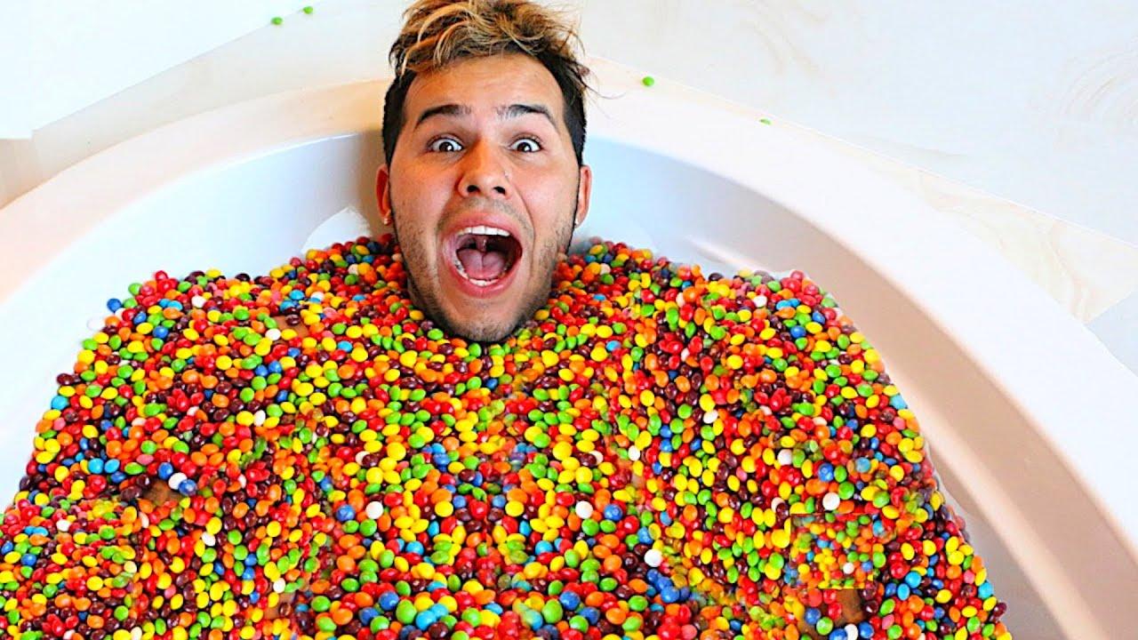 Orbeez Bath With Skittles 100 000 Skittles Youtube
