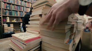 老字号纽约书店疫情寻救助 书迷慷慨施援手 - YouTube