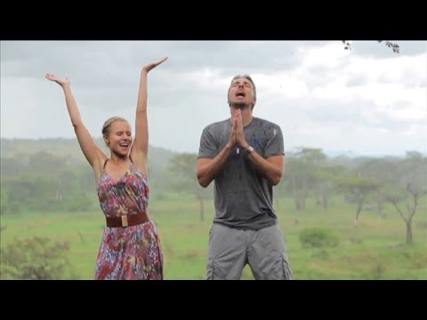 Kristen Bell and Dax Shepard Make Epic Lip-Sync Tribute Video to Africa
