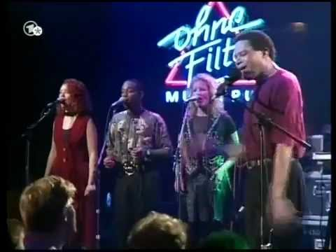 Al Jarreau - We're In This Love Together (LIVE, 1994)