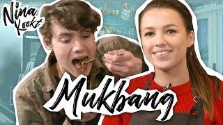 EXTRA: MUKBANG MET NIEK ROOZEN | Nina Kookt! - CONCENTRATE VELVET
