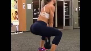 Вариант базовой тренировки на #центрвселенной и ноги.