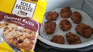 Ninja Foodi Nestle Toll House Oatmeal Raisin Cookies
