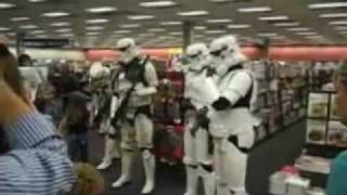 Stormtroopers make appearance at Books-A-Million in Katy Mills Mall