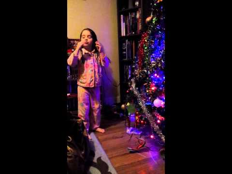 Esme sings Christmas Songs in Irish 1