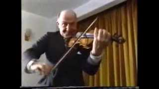 "Scottish fiddle : Hector McAndrew plays ""The Banks"" hornpipe."