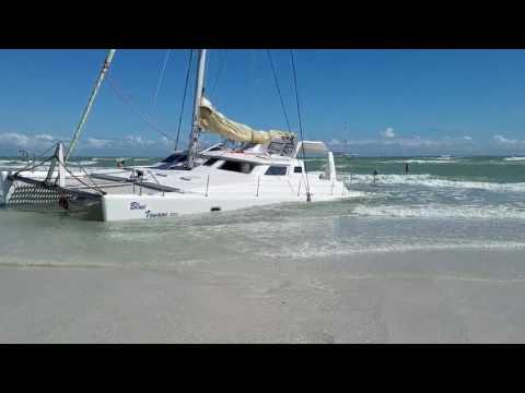 Catamaran Sinks on Siesta Beach Days 2 + 3