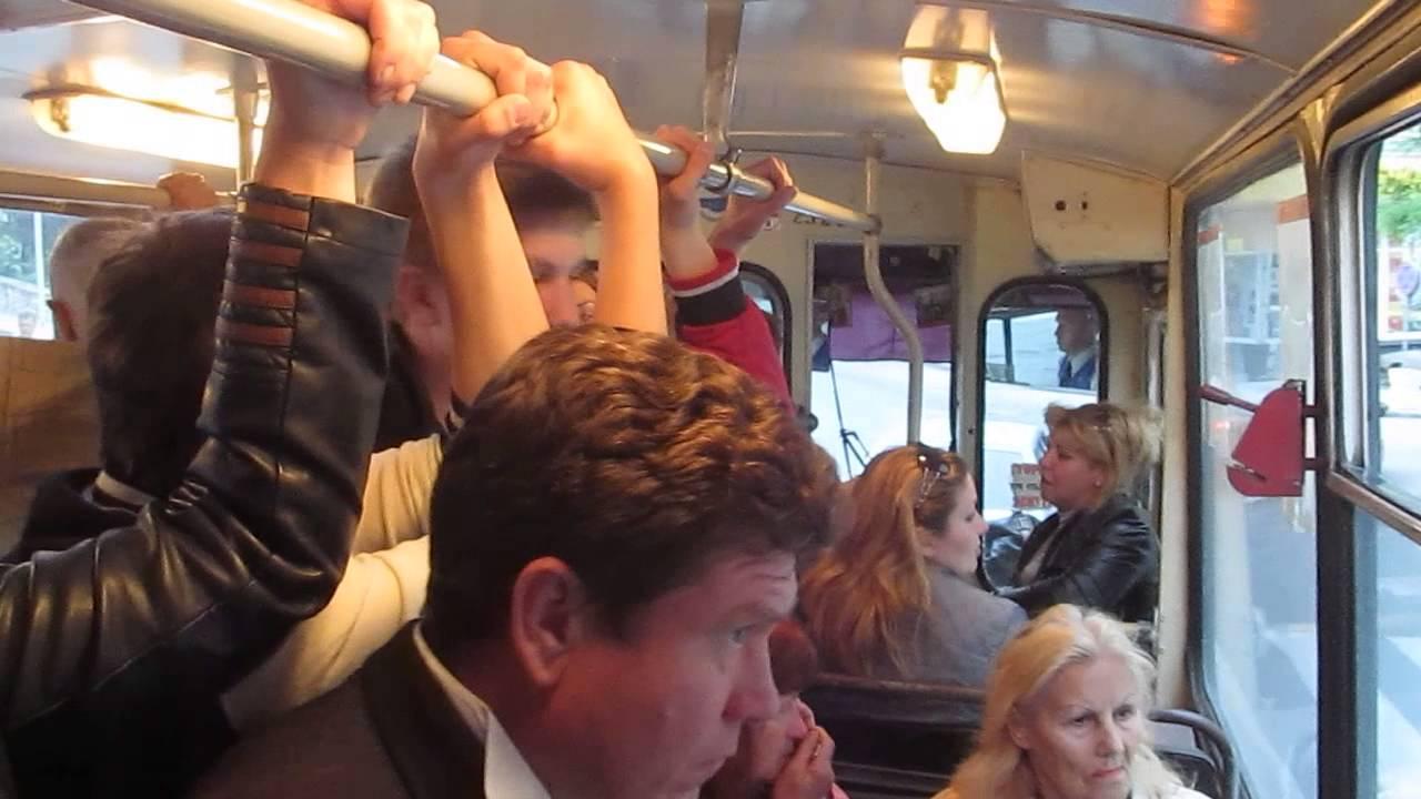 haykova-porno-seks-v-trolleybuse-na-mne-ne-bilo-trusikov-podruge-trusi-avtobuse