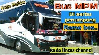 Bus MPM, Di serbu calon penumpang