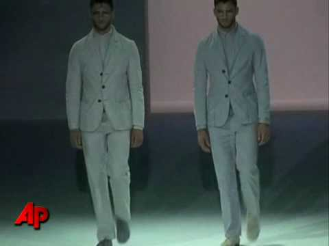 Giorgio Armani Hits Milan Catwalk