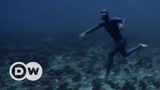 Bir nefeste 200 metreye dalış - DW Türkçe