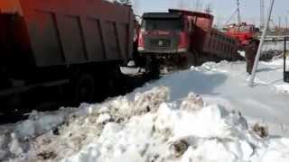 камаз  и  китайский  грузовик  смешно(, 2012-07-09T08:10:31.000Z)